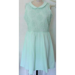 H&M MINT GREEN FLORAL EMBROIDERED FLARE DRESS L